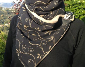 This infinity scarf gold