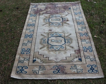 decorative geometric design turkish rug, Free Shipping 3.9 x 6 ft. bohemian rug, organic wool ethnic rug, aztec rug, turkish area rug, MB423