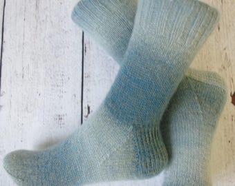 handknitted socks / handgebreide sokken