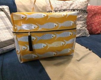 Vanity toiletry bag in coated cotton