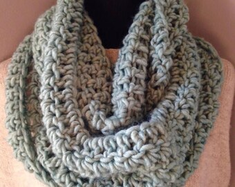 SALE Seafoam Infinity Scarf, Pale Green Cowl, Aqua Chunky Neck Warmer Endless Circle Scarf