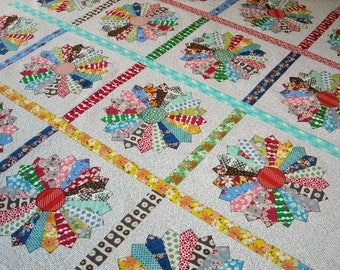 Queen Size Quilt - 96 x 96 - Dresden Plate Quilt - Vintage 30s Look - Reproduction Feedsack and Novelty Prints - Handmade Vintage Look