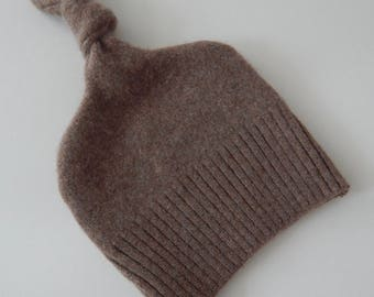 Recycled Brown Cashmere Baby Hat - 6-12 months