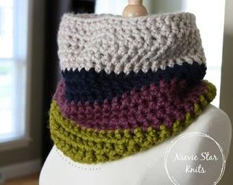 Chunky Crochet Color Block Cowl, Infinity Scarf, Crochet Neckwarmer, Chunky Crochet Scarf, Color Block Cowl, Color Block Scarf // The ISLA