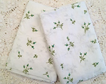 Cannon Combspun Percale Pillowcases - Tiny Turquoise Rosebuds - NOS - Unused All Cotton Linens - NIP - Farmhouse Decor
