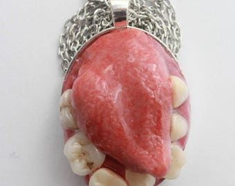 Toothy Mouth Pendant