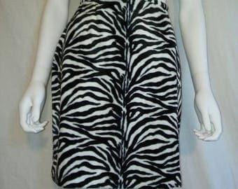 Closing Shop 40%off SALE 90's zebra Animal print skirt, Soft furry fuzzy animal print skirt    size 2