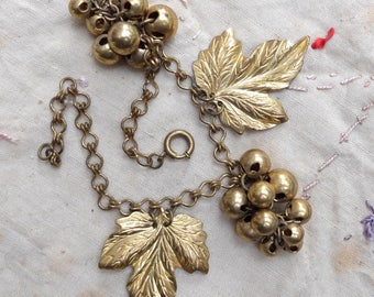 Vintage Metal Leaf Grape Cluster Linked Bracelet Charm