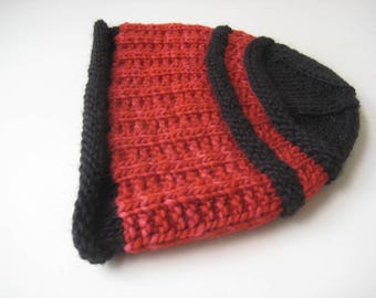 Red and black hand knit hat wool knit cap