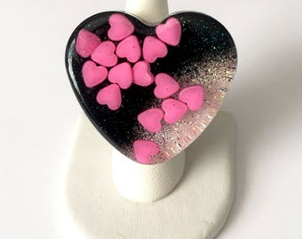 SALE Kawaii Resin Gothic Lolita Chunky Hot Pink and Black Heart Ring