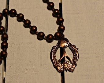 Vintage Peace Pendant - RuSTy PeArLS - copper