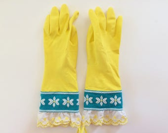 Designer Cleaning Gloves - Vintage Daisy - Medium