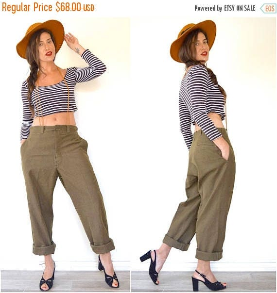 SUMMER SALE / 20% off Vintage 40s 50s Army Green Wool Straight Legged Military Trousers (size 31, 32)