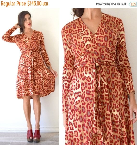 SUMMER SALE / 20% off Vintage 80s 90s Diane Von Fursternberg Leopard Print Long Sleeved Silk Jersey Wrap Dress (size small, medium)