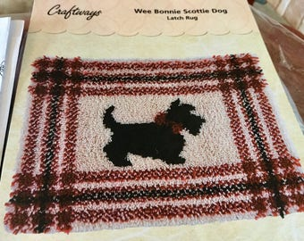 We Bonnie Scottie Dog Latch Hook Kit Includes Canvas, Yarn and Instructions, Red, Black and Tan