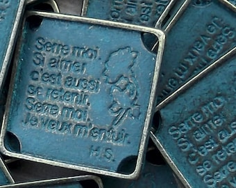 Serre Moi (Hold Me) Component, Charm or Pendant - Package of 5