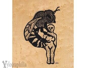 Bee screenprint on genuine wood veneer 5 x 7