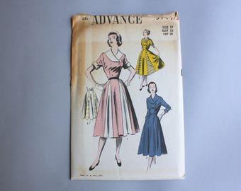 50s Dress Pattern / Vintage 1950s Advance Sewing Pattern / Full Skirt Fit and Flare Dress Pattern 5711 28 waist Uncut FF sz 17 Medium Small