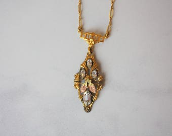 1920s Necklace / Vintage 1920s Gold Filled Art Deco Pendant Necklace / 20s Gold Plated Shimmering Paste Pendant Necklace