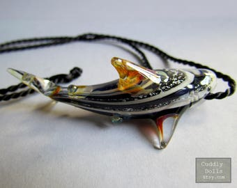 Black Hand Made Unique SHARK Pendant With Adjustable Black Nylon Cord Necklace Color Swirl Glass Shark Pendant Ocean Life Accessories Fish