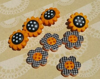"Buttons Orange Black Plaid Polka Dot - Halloween Autumn Flowers - 3/4"" Wide - 8 Sewing Buttons"