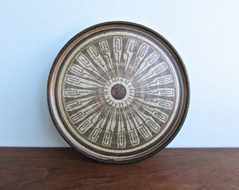John Dunlap Harstine Island Gallery Warming Plate, American Studio Arts Pottery