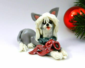 Chinese Crested Christmas Ornament Figurine with Wreath Porcelain