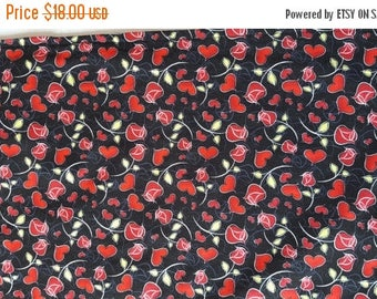 ON SALE Valentine's Day Table Runner Hearts Roses Red on Black Padded