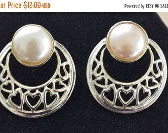 ON SALE Pretty Vintage Faux Pearl, Gold tone Heart Doorknocker Pierced Earrings, Valentine's Day (I7)