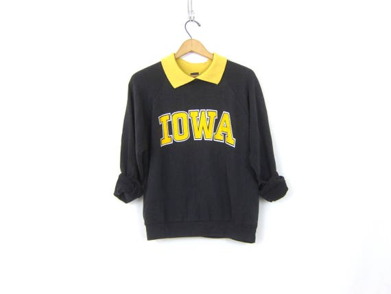 Black and Gold University of Iowa Hawkeyes Sweatshirt Iowa Hawks School Sweater 80s Preppy College Collar Sweater Herky Hawk Small Medium