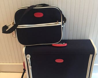 Vintage Skyway Blue White Red Luggage Suitcase Carry On Tote Set EUC