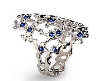 SALE 20% Off - SEA SPRAY Sleek 14k White Gold Sapphire Ring, Blue Sapphire Ring, 14k White Gold Ring, Blue Sapphire Engagement Ring, Dainty