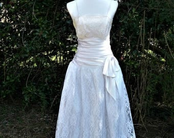 SALE 80s White Lace Dress size Small Glenrob Party Dress Prom Tea Length Wedding Dress