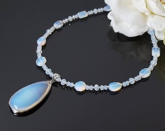White Opalite Necklace Opalite Pendant Birthday Gift Christmas Wife Boho Jewelry Moonstone Necklace Beauty Gift Beaded Necklace for Women