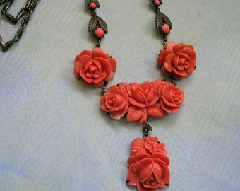 Vintage Coral Colored Celluloid Roses Necklace, 1930's Celluloid Necklace, Old Celluloid Roses Necklace (#3350)