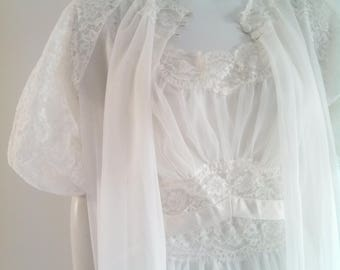 Vanity Fair Gown and Robe ~ Vanity Fair Night Gown ~ Empire Waist ~ Nylon NightGown Peignoir