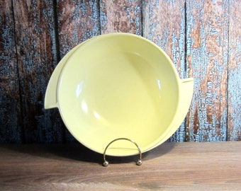 Boonton Serving Bowl - Creamy Yellow