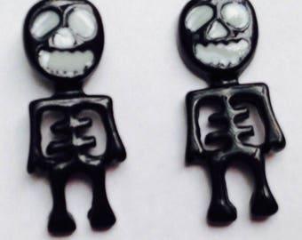 Mini Skeleton Earrings, super cool!