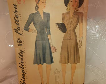 Rare Vintage Pattern~Simplicity 3779~ Misses Fitted Suit~Buttoned Jacket and Skirt~Vintage Antique Collectible~Patterns Sewing Crafting