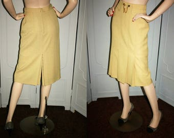 Vintage 80's High Fashion Skirt with Exquisite Pleating Detail and Waist Chain. Small.