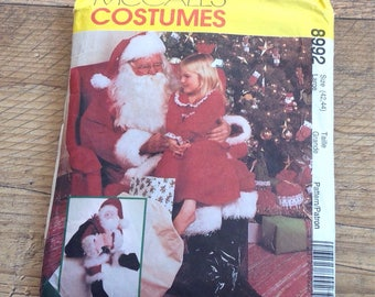Vintage McCalls Father Christmas Outfit Sewing Pattern, Vintage Santa Clause Outfit Sewing Pattern with matching doll