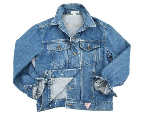 Vintage 1980s 80s Guess Denim jacket distressed holes faded blue jeans DchjVr