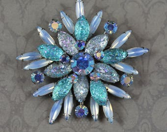 Vintage Teal, Light Blue, Opal Rhinestone and Art Glass Round Silver Brooch