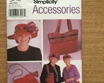 Sewing Pattern ~ Simplicity 5242 ~ Misses' Hats in Three Sizes and Shoulder Bags