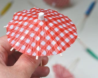 Party favor Summer party cocktail umbrella Cup Cake Toppers drink umbrella red white checkers 4th July - 10pcs
