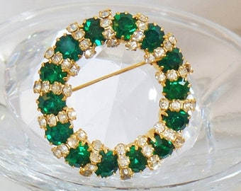 SALE Vintage Emerald Green D&E Brooch. Juliana Green and Clear Rhinestone Circle Pin.  Delizza and Elster Emerald Green Rhinestone Wreath Br