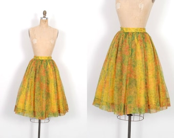 Vintage 1950s Skirt / 50s Floral Printed Party Skirt / Orange and Green ( XS extra small )