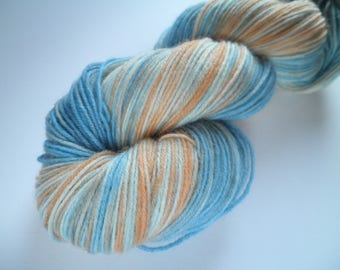 Hand dyed wool yarn, fingering weight, 4-ply, 438 yards, Gradient Summer Beach