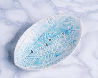 LEAF ceramic soap dish with aqua turquoise glaze, porcelain soap dish, bathroom accessory, ceramic soap dish,