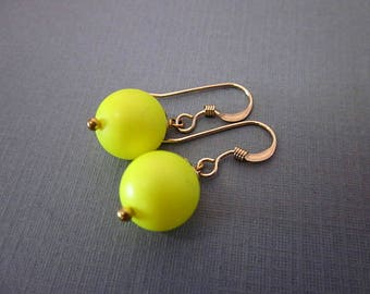 Yellow Ball Earrings -- Neon Yellow Earrings -- Bright Neon Earrings -- Yellow Swarovski Pearl Earrings -- Bright Neon Dangles -- Round